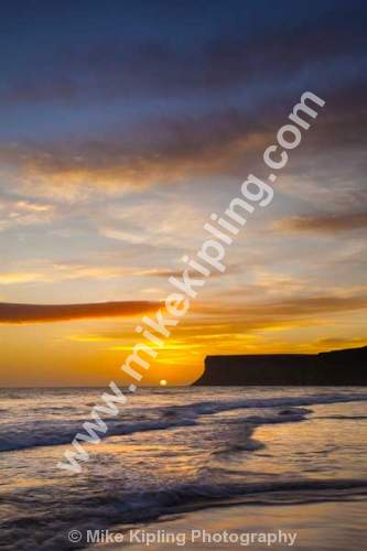 September Sunrise, Saltburn by the Sea, Cleveland - Cleveland, Saltburn, Huntcliff, dawn, sunrise, colour, sea, waves, beach,