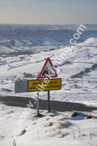 Wintry Warning Sign, Steep Road down into Farndale from Blakey Ridge, North York Moors National Park - Yorkshire, Blakey, Farndale, winter, Snow, Warning, Sign, White,