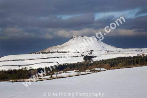 Roseberry Topping in Snow, Near Great Ayton, North Yorkshire - Yorkshire, Great Ayton, Guisborough, Roseberry, Topping, Snow, White, Winter, Peak,