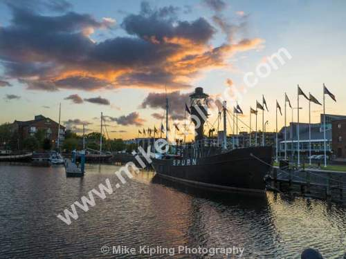 The Spurn Lightship is a lightvessel currently anchored in Hull Marina in the British city of Kingston upon Hull, Yorkshire - Yorkshire, Kingston upon Hull, Spurn, Lightship, Marina, Harbour, Sunset,
