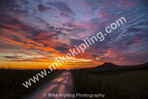 Summer sunset over Roseberry Topping from Gribdale, North York Moors National Park - Yorkshire, Gribdale, Roseberry, Topping, Sunset, August, Lane,