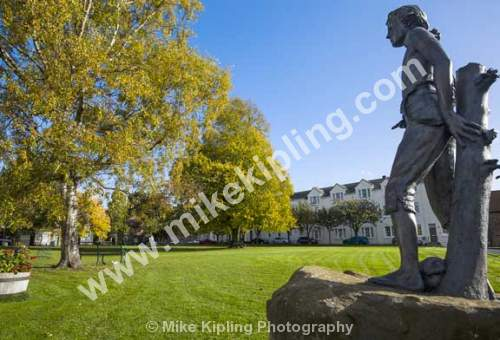 High Green Great Ayton at Autumn, North Yorkshire and Young James Cook Statue by Nicholas Dimbleby - Yorkshire, Great Ayton, Village, Green, Autumn, Seat, Tree, Cook, Statue,